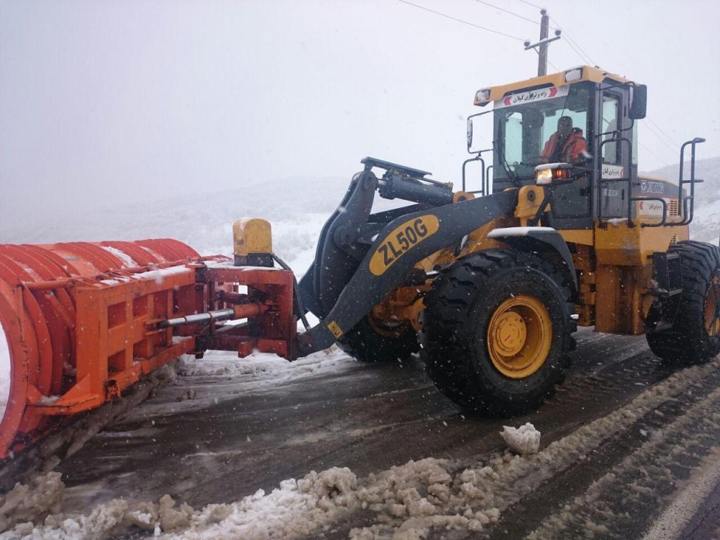 محور پونل-خلخال به دلیل بارش شدید برف مسدود شد