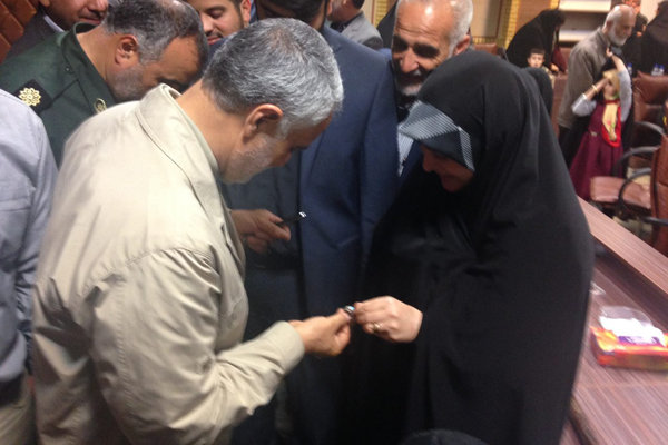 هدیه سردار «سلیمانی» به عضو شورای شهر رشت