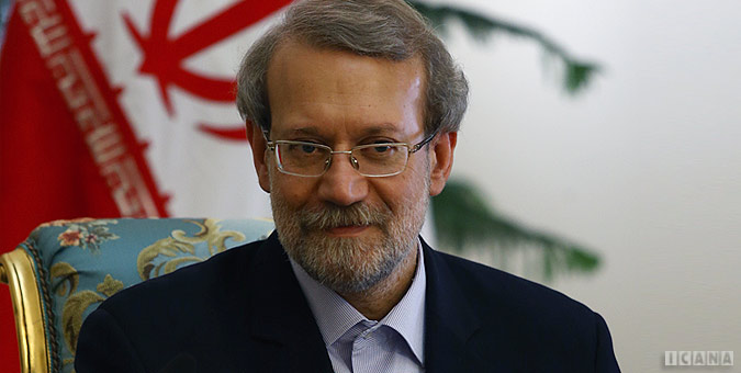 علی لاریجانی با ۱۷۳ رای به عنوان رییس موقت مجلس دهم انتخاب شد