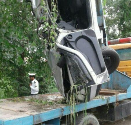 واژگونی خودرو در صومعه سرا ۲ کشته و زخمی برجای گذاشت+تصاویر