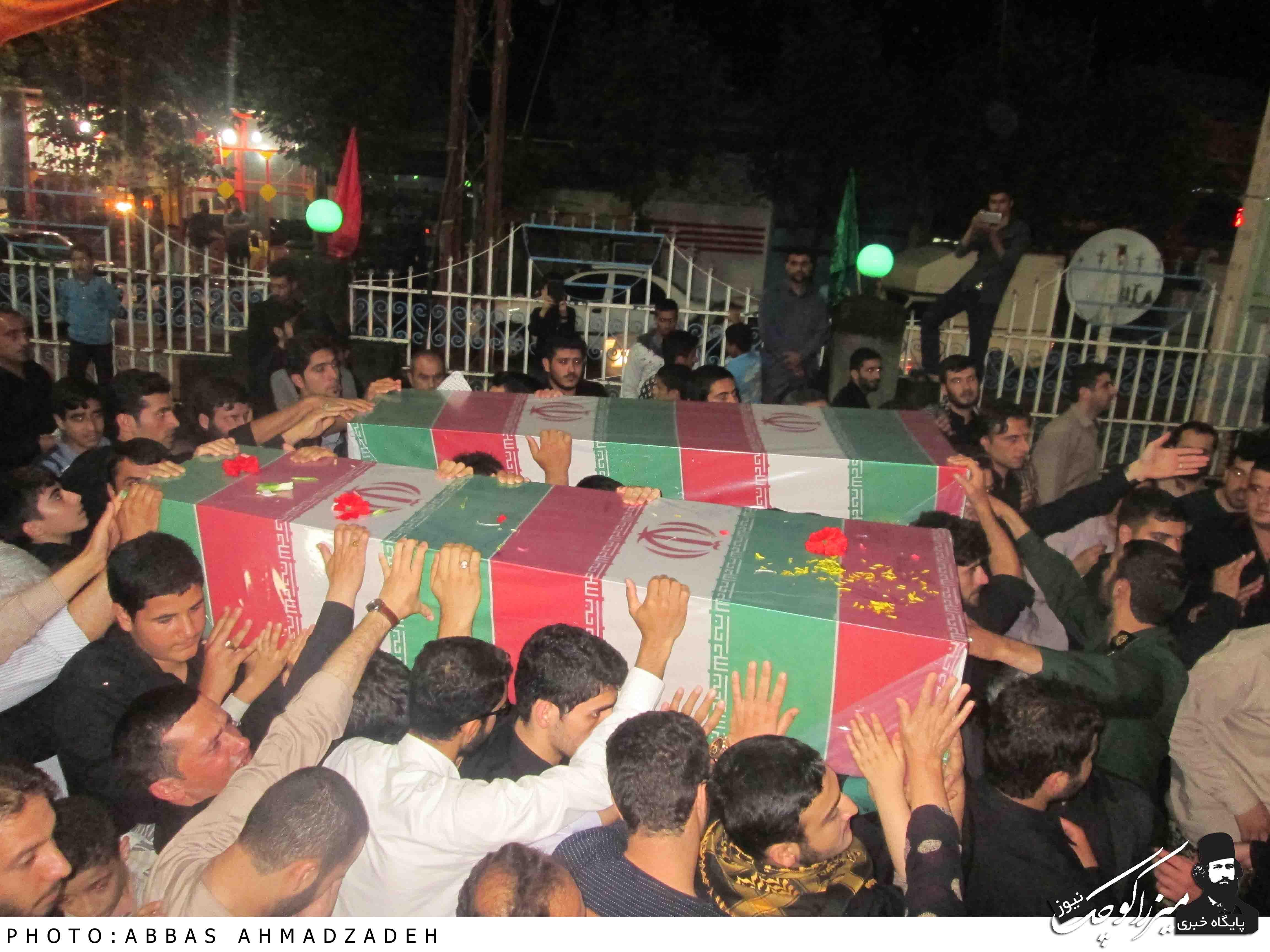 مراسم وداع با شهدای گمنام در گوراب زرمیخ برگزار شد