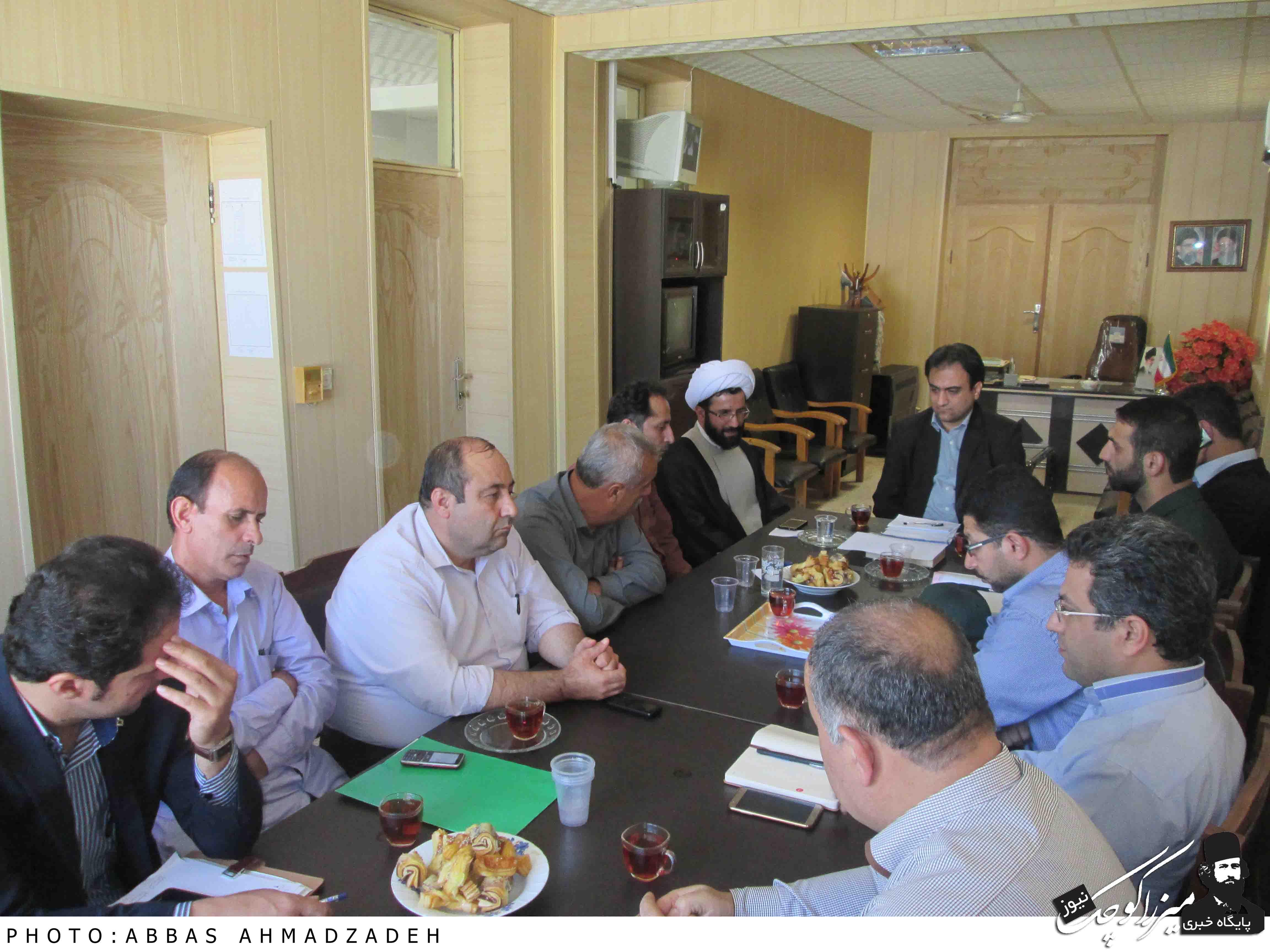 برگزاری جلسه هفته دولت ٩۵در بخش میرزاکوچک