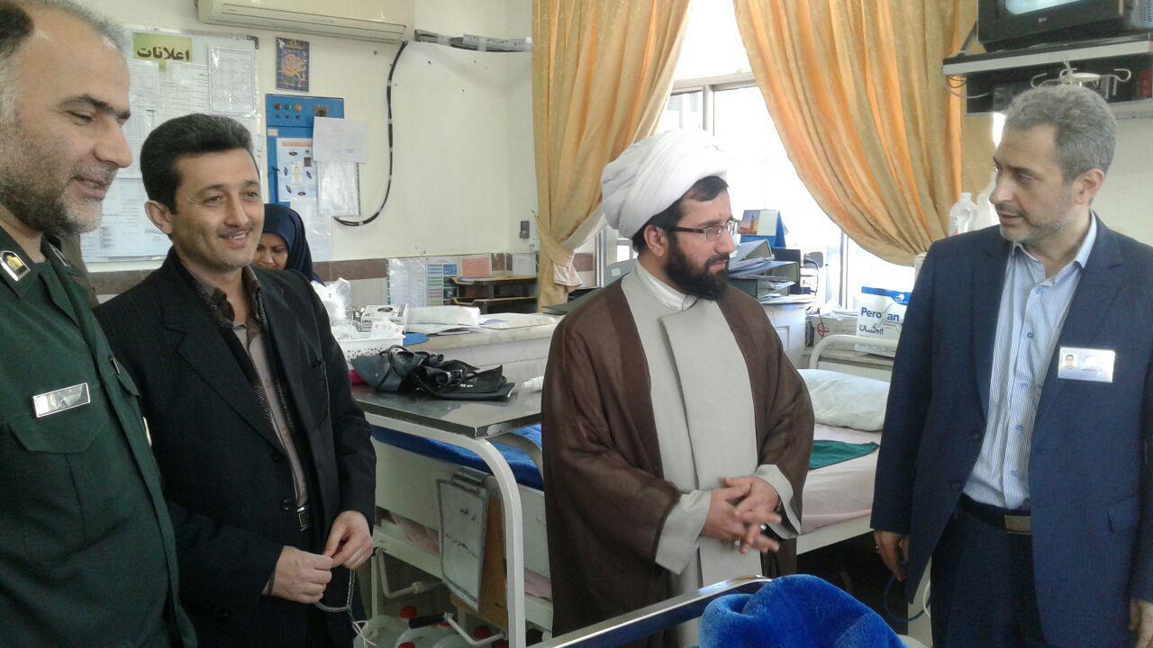 عیادت امام جمعه محترم بخش میرزا کوچک از بیماران بیمارستان امام خمینی(ره) صومعه سرا