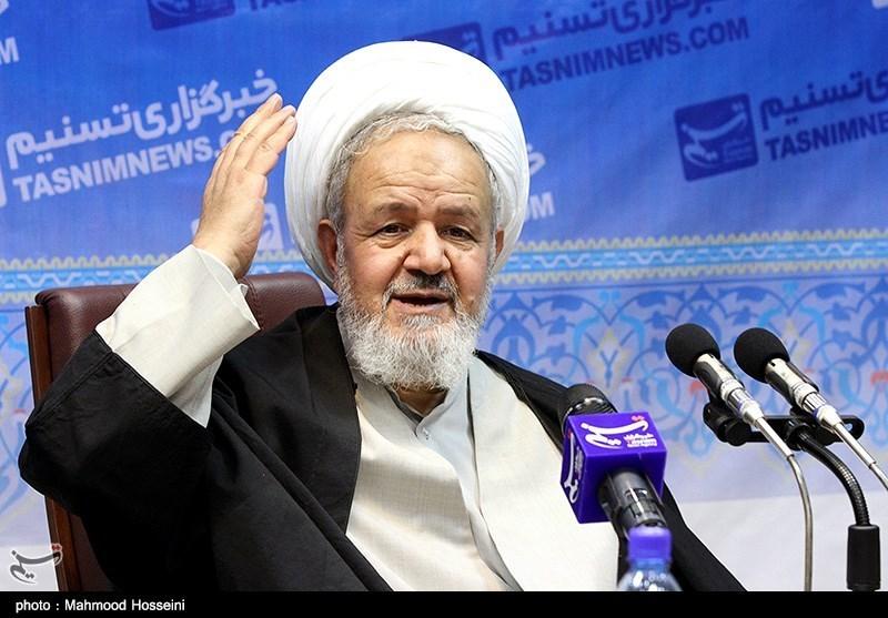 امروز روز رویش انقلاب و آغاز حرکت انقلاب اسلامی است