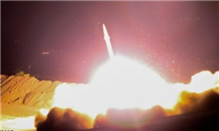 حمله موشکی سپاه به مقرّ فرماندهی تروریست های تکفیری در دیرالزور سوریه