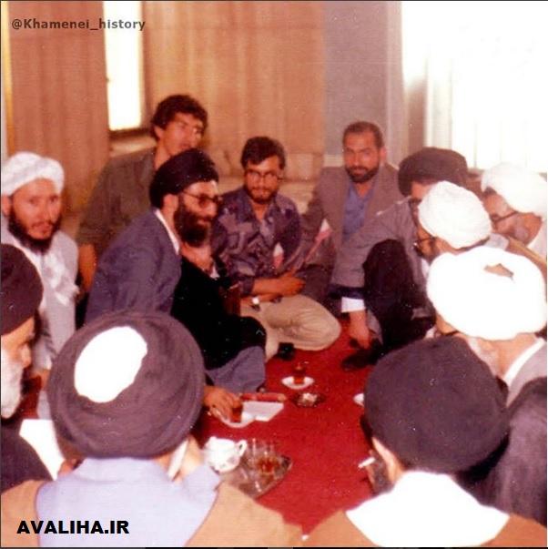 تصویری کمتر دیده شده از مقام معظم رهبری به همراه محمد تقی رنجبر