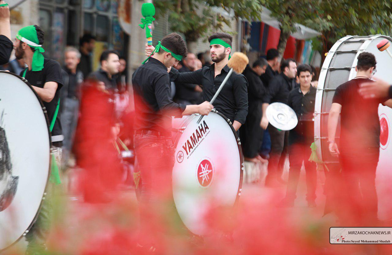 گزارش تصویری مراسم روز عاشورا در شهر گوراب زرمیخ