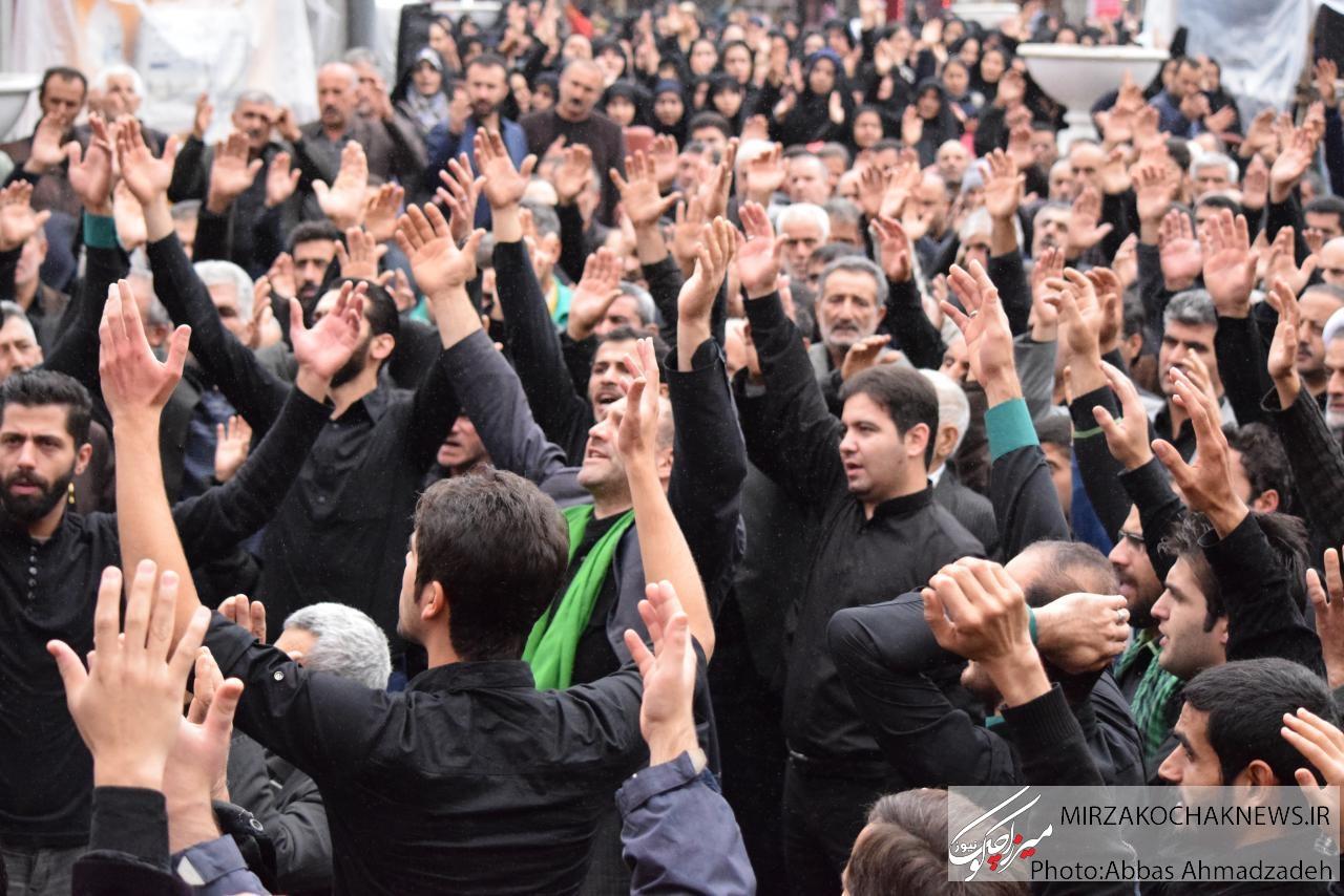 تجمع عزاداران اربعین حسینی در شهر گوراب زرمیخ برگزار شد