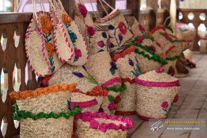تصاویری از نمایشگاه صنایع دستی با رنگ و بوی بهار در صومعه سرا
