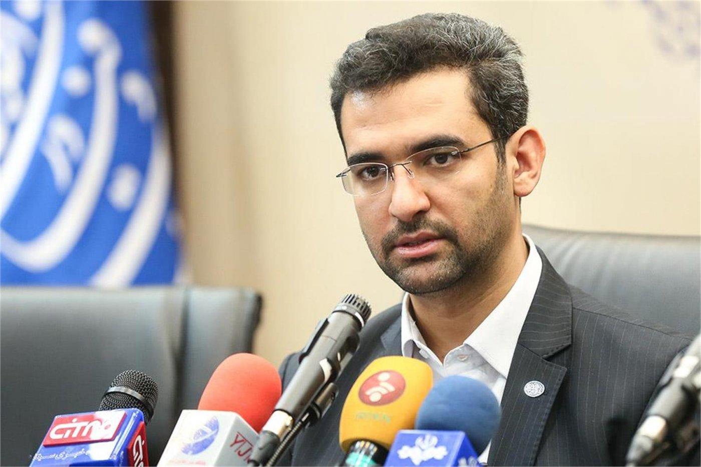وزیر ارتباطات: استعفا ندادهام   فیلترینگ تنها راه حل نیست