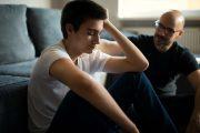 علل خودکشی در نوجوانان/چرا پسرم به کشتن خود فکر میکند؟