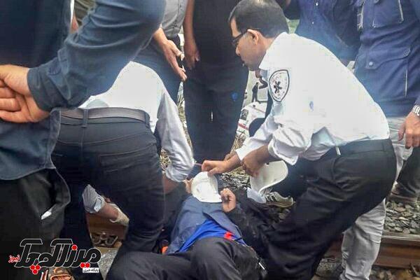 حادثه در ریل قطار پلیس راه سراوان به سنگر
