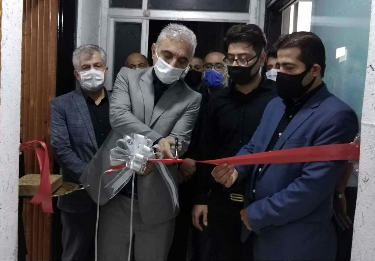 آموزشگاه آرایش و پیرایش مردانه در صومعه سرا افتتاح شد