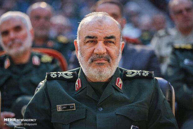 قدردانی فرمانده کل سپاه از پیام رهبر انقلاب/ما تا آخر ایستادهایم