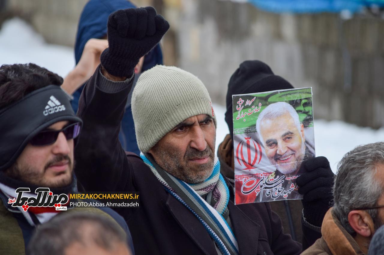 راهپیمایی ۲۲ بهمن در صومعه سرا